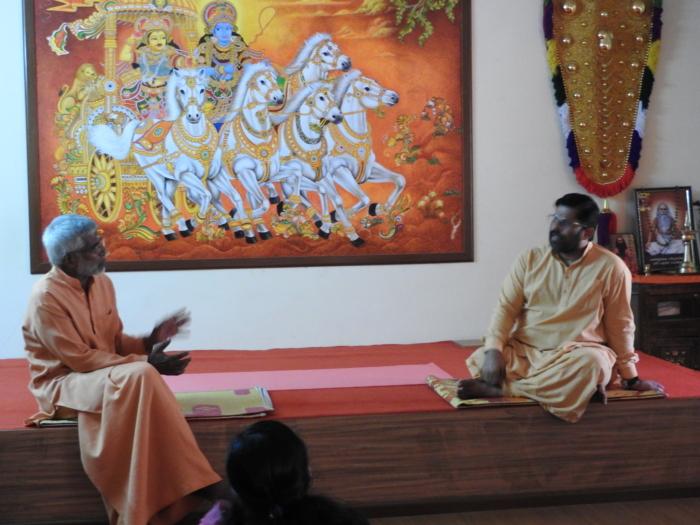 chat with Swamy Sandeepanandagiri